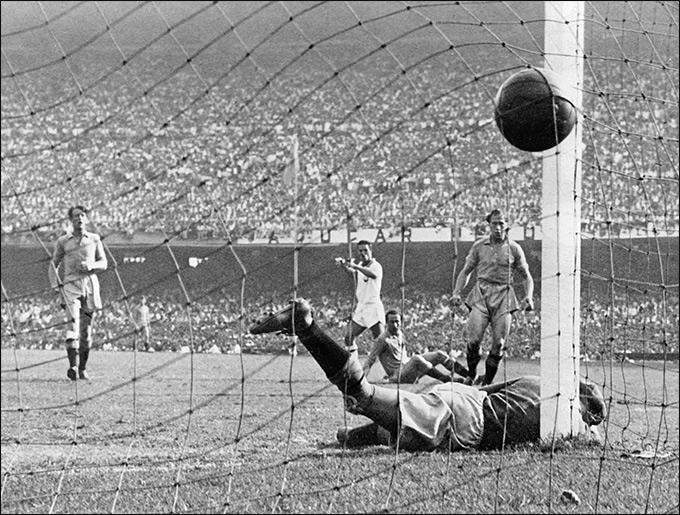 Бразилия, 1950. Duplo T