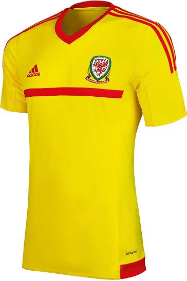 Гостевая форма сборной Уэльса 2015
