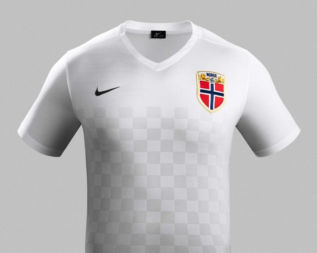 Гостевая форма сборной Норвегии 2015