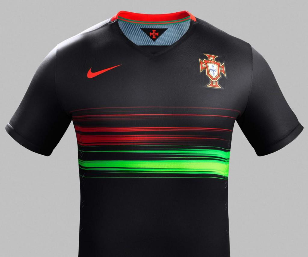 Гостевая форма сборной Португалии 2015
