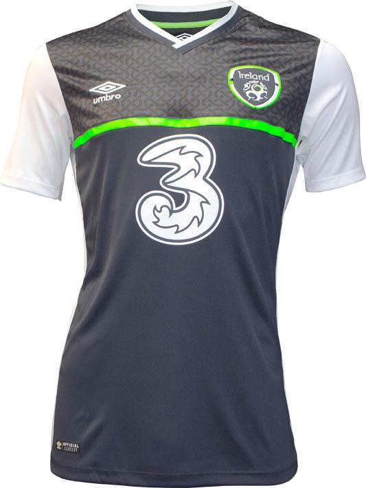 Гостевая форма сборной Ирландии 2016