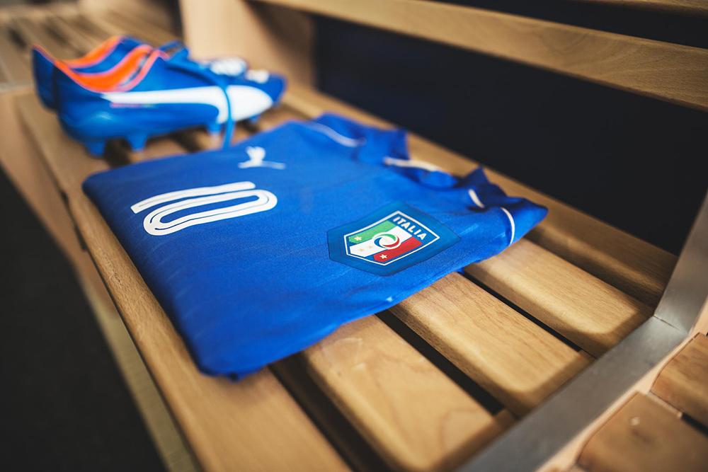 Домашняя форма сборной Италии Евро-2016
