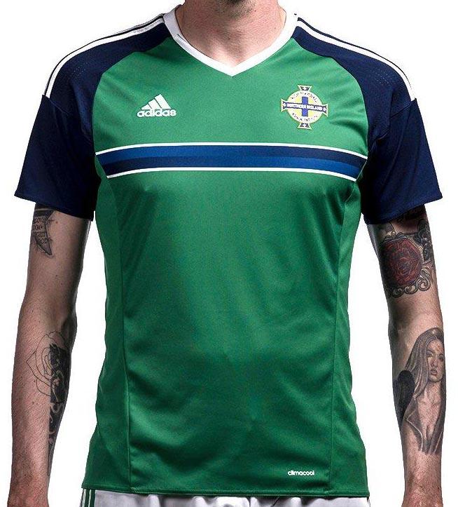 Новая домашняя форма сборной Северной Ирландии 2016