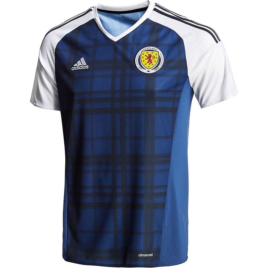 Домашняя форма сборной Шотландии 2016