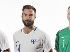 Компания Nike представила новую форму сборной Финляндии 2016.