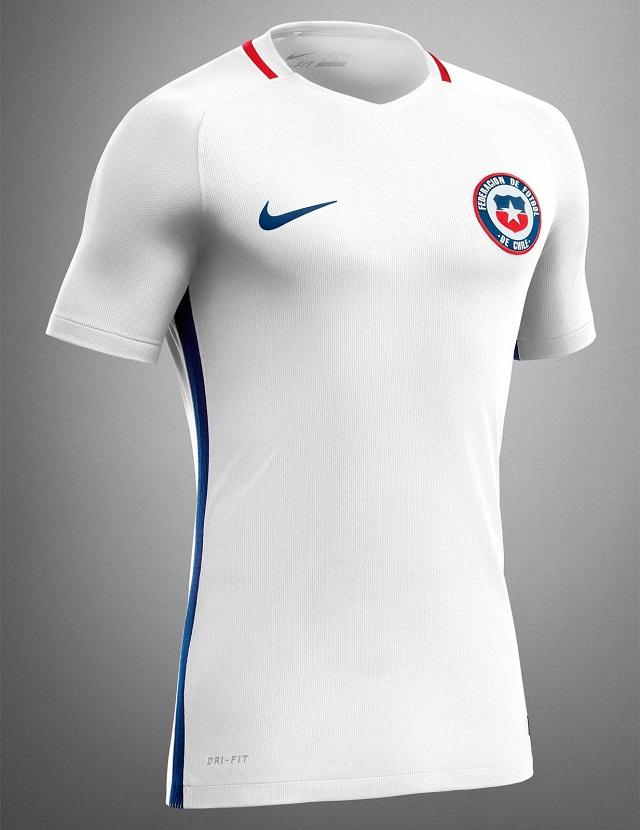 Гостевая форма сборной Чили 2016
