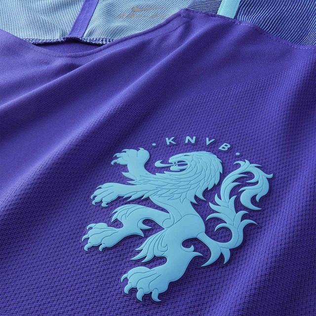 Гостевая форма сборной Голландии 2016