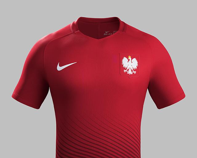 Гостевая форма сборной Польши 2016