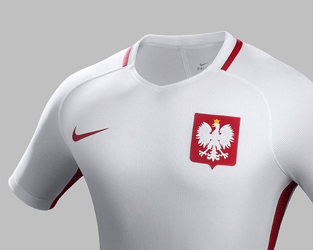 Домашняя форма сборной Польши 2016