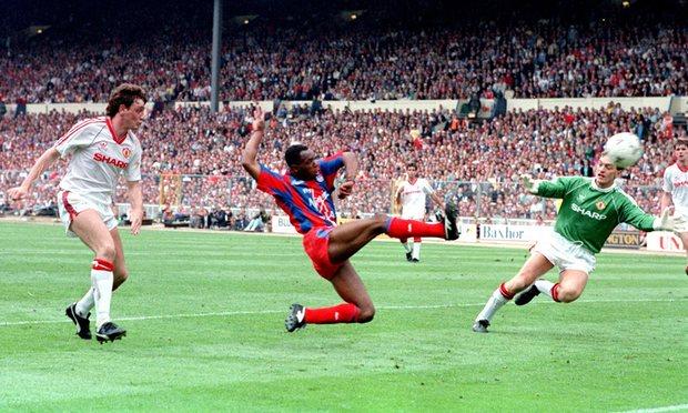 Crystal Palase - Man. United 1990