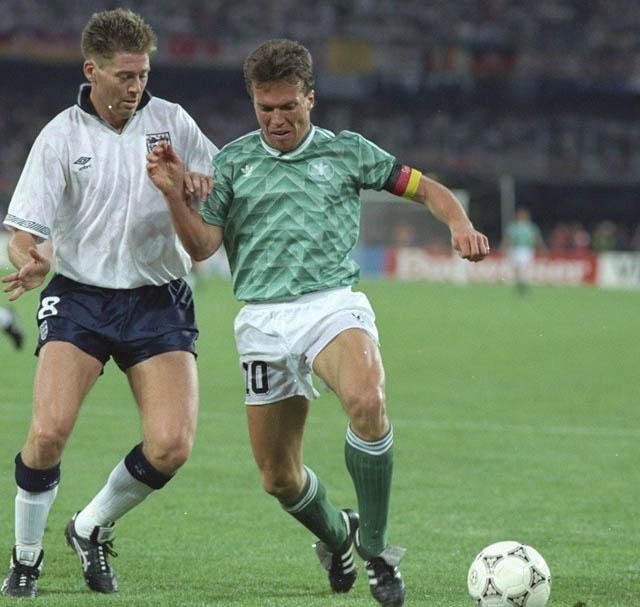 Гостевая форма сборной Германии 1990 года