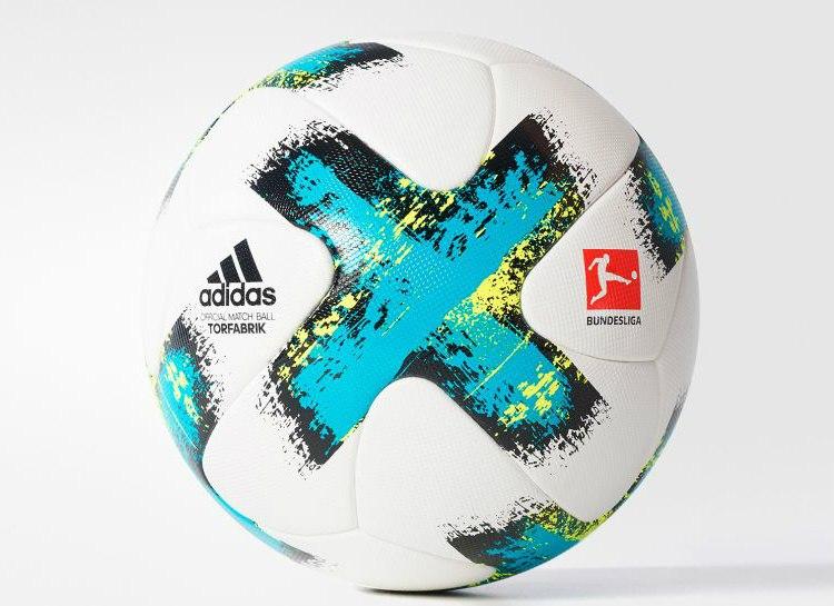 Новый мяч Бундеслиги Adidas Torfabrik 2017-18