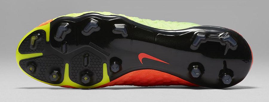 Вышло новое поколение бутс Nike Hypervenom Phantom III