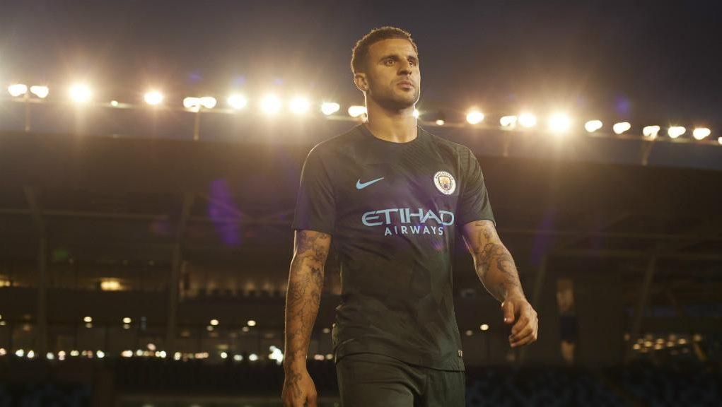 Третья форма Манчестер Сити 2017-18