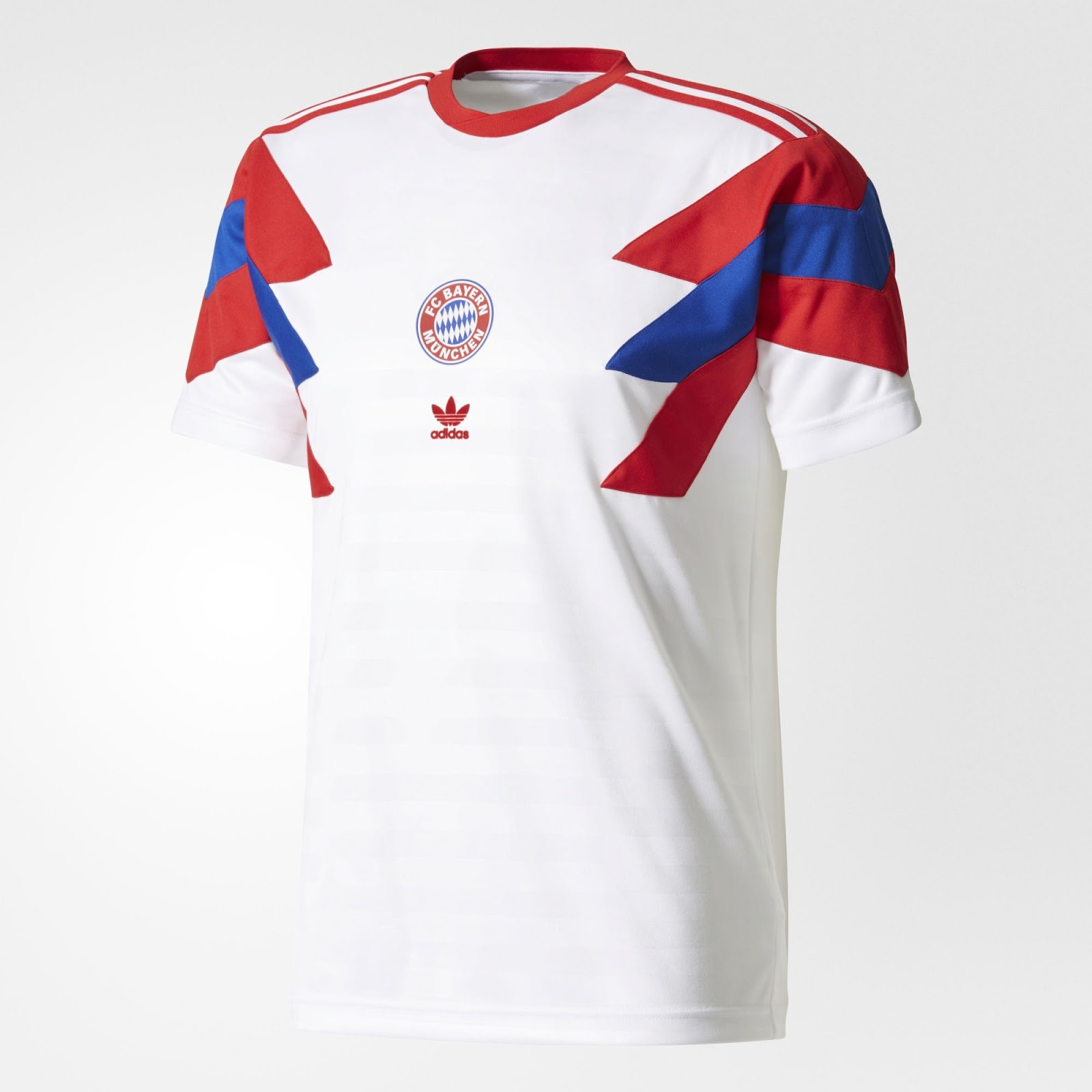 Новые футболки «Баварии» от Adidas Originals