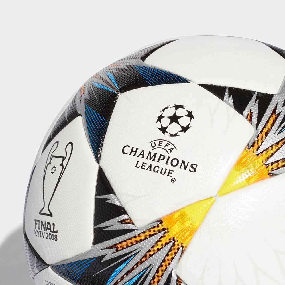Мяч финала Лиги Чемпионов 2018
