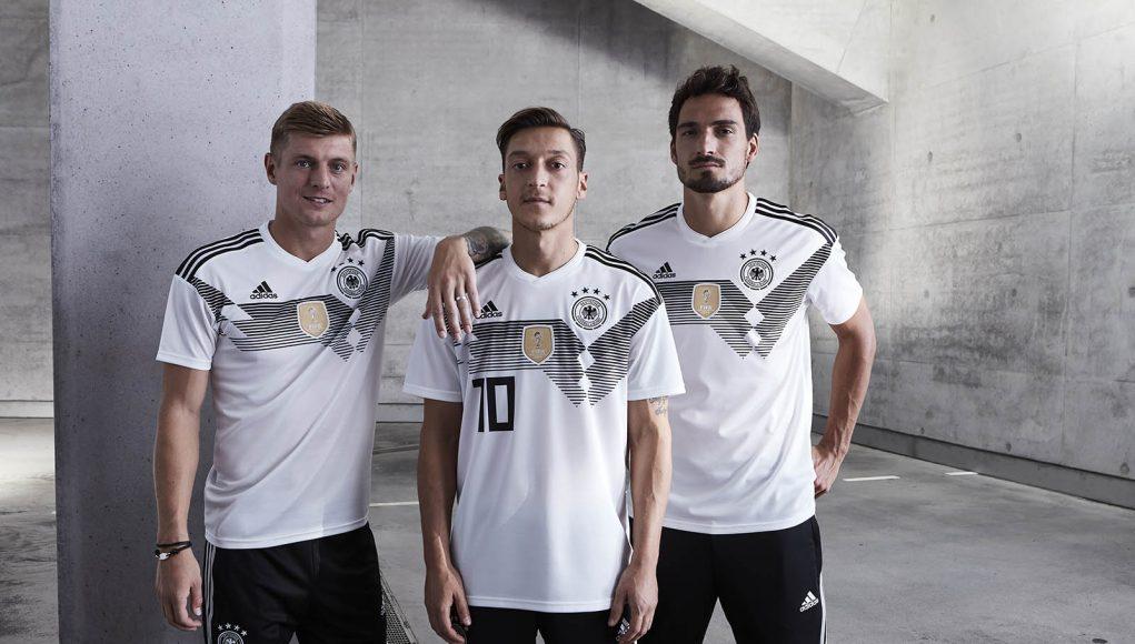 Новая домашняя форма сборной Германии 2018