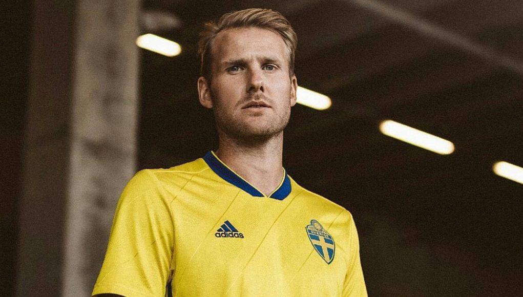 Домашняя форма сборной Швеции 2018
