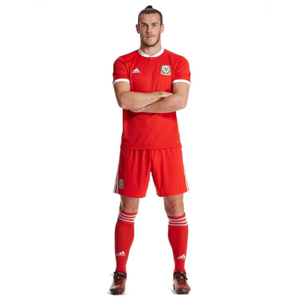Новая форма сборной Уэльса 2018