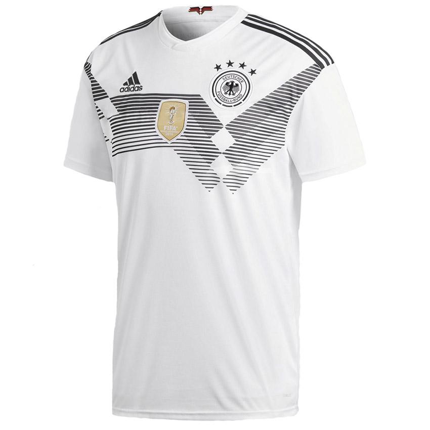 Домашняя форма сборной Германии