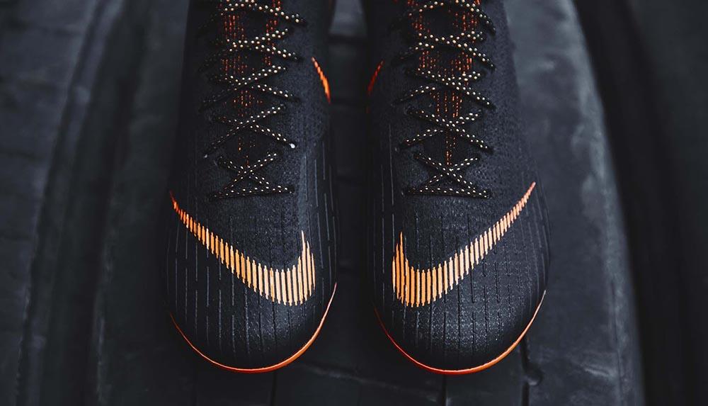 Черные бутсы Nike Mercurial Superfly VI Elite 2018