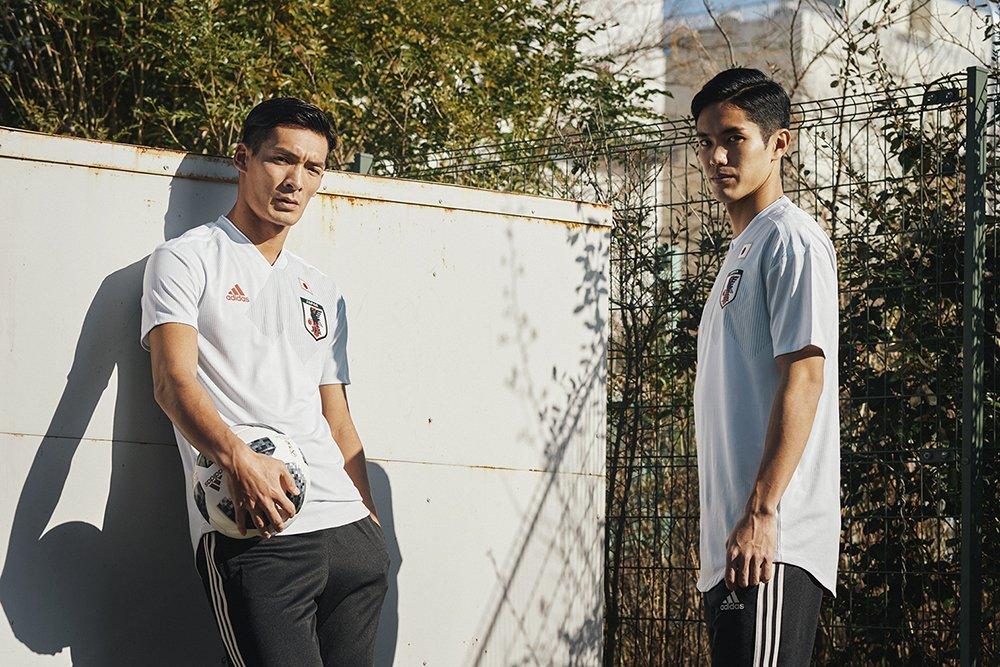 Гостевая форма сборной Японии 2018