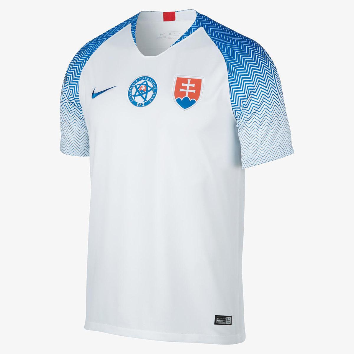 Домашняя форма сборной Словакии 2018