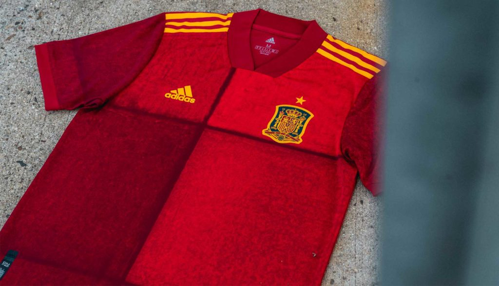Сборная испании футболу форма